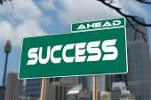 ما هو سر النجاح ؟ كيف تكون ناجحاً في حياتك؟ ما هي أهم صفة من صفات الناجحين؟ و ما هو المبدأ رقم 1000؟